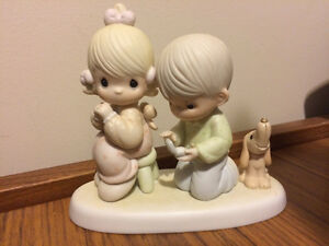 Precious Moments - With This Ring - Figurine