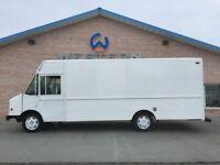 2003 Freightliner P1200 Step Van Fedex Truck Food MT55