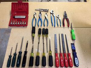 Lot d'outils de marque