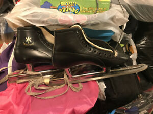 Vintage leather speed skates - guessing size 8??