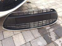 Ford Fiesta MK7 2008-2012 (genuine, original ford) front grill