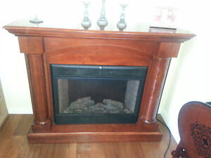 Twin Star 33E05 Electric Fireplace Heater TV Stand West Island Greater Montréal image 1