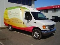 UNICELL 2005 Ford E-350
