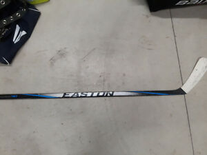 Baton easton synergy hockey stick