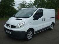 .2011/61.Renault Trafic 2.0dCi 90 SL27 3 Freeway SL27dCi.TWO OWNERS FROM NEW.