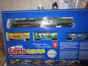president's choice mini chefs express - HO Train set - unopened