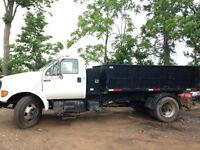 2000 Ford F-650 Dump Truck