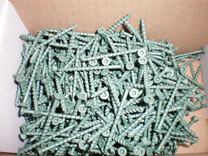 Decking Screws 50% Less Than Kents and Home Depot