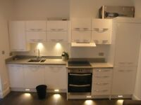 Large 2bed GARDEN Flat in Hendon With Parking & Furnished * Fantastic Size & Great Location *
