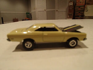 Loose Yelow Gold 1969 '69 PLYMOUTH ROAD RUNNER by JOHNNY LIGHTNI
