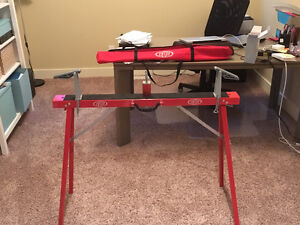 LIKE NEW Cross Country Ski Waxing Table - Tuning Horse & Clamps