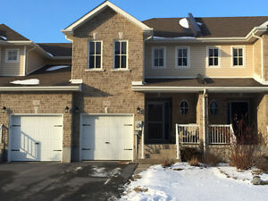 3 Bedroom Townhouse Kingston East close to CFB, 401 and downtown