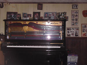 buy and sell > musical instruments> pianos