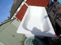 WHITE STANDARD BATH