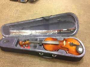 Violons 4/4 neuf