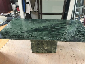 STUNNING MARBLE TABLE