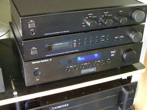 Perreaux EP preamp and ET tuner