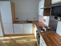 2 bedroom flat in Bute Terrace, Cardiff, Glamorgan, CF10