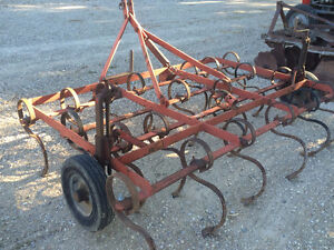 Farm Machinery disc & cultivator for Sale *Clinton ON*