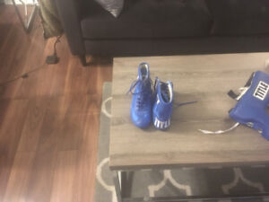 Youth sz 3 - Title Boxing Shoes /Head Gear