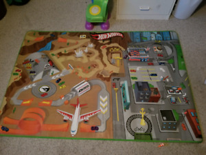 Large play mat and construction toys
