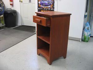 NIGHT STAND/TABLE FOR SALE
