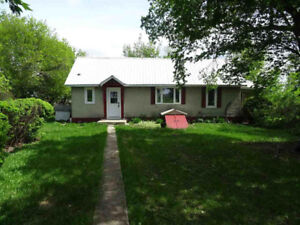 Acreage 15 min north of Redwater