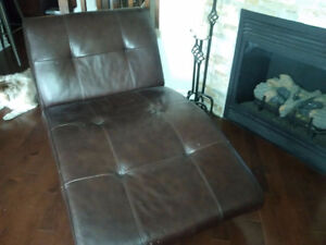 EQ3 Crush Chaise in  leather