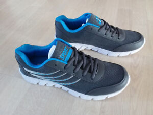 Chaussures neuf pour homme