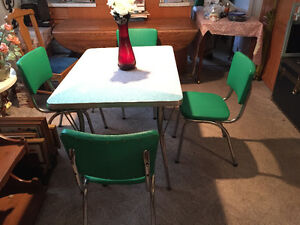 online garage sale, coffee tables,ladder, bench, chairs