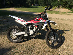 REDUCED!! 2014 Husqvarna TXC 310 R