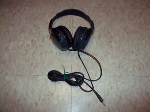 Sony MDR-P70 Digital Reference Dynamic Stereo Heaphones
