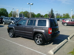 2017 Jeep Patriot North High Altitude 4x4 with Nav only 18000kms London Ontario image 6
