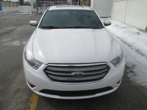 2014 Ford Taurus SEL AWD  -  ONLY 75.000 Km
