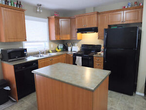 LAKERIGE 3 bedrooms Townhouse for rent