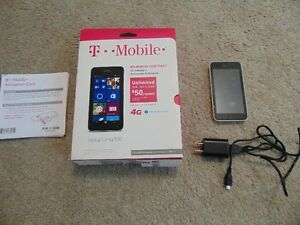 T Mobile Nokia Lumia 530 Cell Phone Almost New