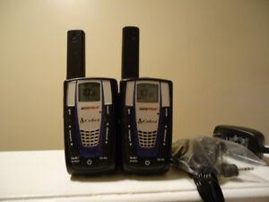 Motorola Cobra Walkie-Talkie 30-Mile 22-Channel Two-Way Radios