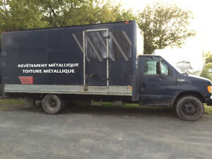 3500$ Ford cube truck E-350