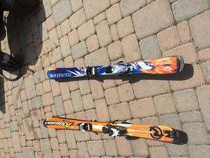 Moster Head skis