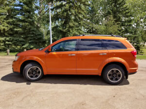 2011 Dodge Journey R/T AWD in Mango Tango - Only 90,000 KMs