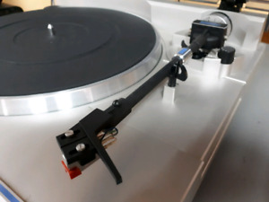 Pioneer PL-S40 Direct Drive Turntable