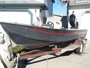 FISHER 16 fT. fishing boat.
