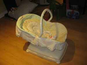Chaise pour nouveau né / New Born Baby Chair