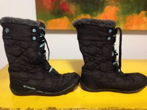 Columbia kids size 2 winter boots
