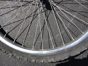 26 inches bike front wheel with rim London Ontario image 6