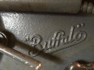 Perçeuse à colonne Canadian Buffalo No.15 - Press drill West Island Greater Montréal image 4