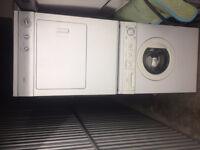 4yr old Stackable washer Dryer combo Frigidaire 27'