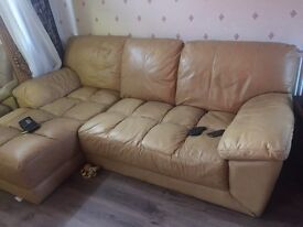 For sale leather sofa in good condition