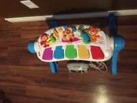 Fisher price oiano