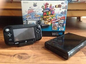 Nintendo WII U + games and controllers